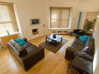 innerCityLets | Cranston Street - Culross vacation rentals