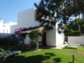 Los Caños de (website: hidden)  Atrapasueños 4. house and private garden. - Chiclana de la Frontera vacation rentals