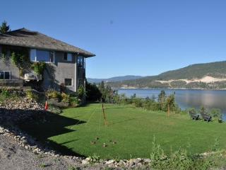 4 Bdrm Executive Style Lakefront Home - Lake Country vacation rentals