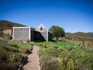 Matjiesvlei Cottages: Bokwagtershuis - Calitzdorp vacation rentals