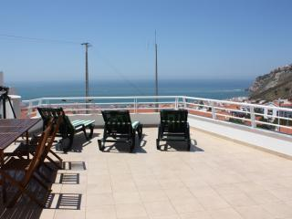 Spectacular Ocean View, Walking Distance to Beach - Marinha Grande vacation rentals