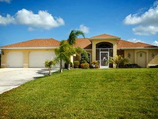 Villa Papaya - Canal/pool/dock, Quiet Neighborhood - Cape Coral vacation rentals