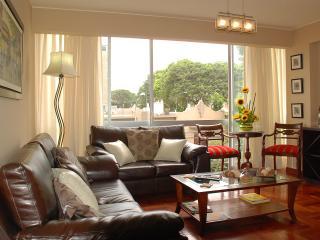 Brand And New Apartment Whitt Balcony - Lima vacation rentals