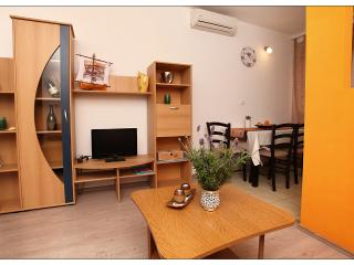 Apartment Toni- Relax - Dalmatia vacation rentals