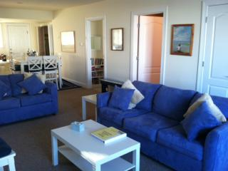 Beautiful beach block - First Floor2b/2b parking. - Brigantine vacation rentals