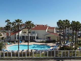 Beach View Retreat offers the best view on the Island! - Corpus Christi vacation rentals