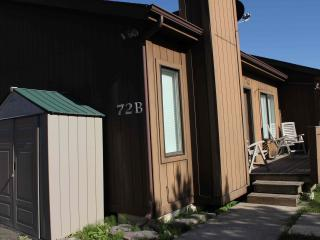 Whitefish Holiday Haven condo close to skiing - Coram vacation rentals