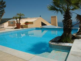 Amazing Sea View,private Heat Pool Near Lisbon Bea - Sesimbra vacation rentals