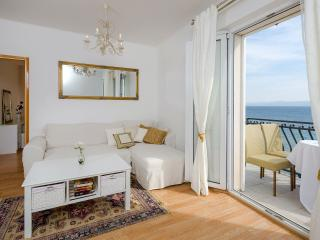 Seaside Bol apartment Santo 2 - Bol vacation rentals