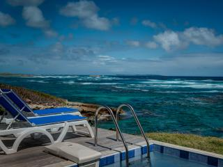 Villa Flamboyant: Amazing view, right on the shore - Oyster Pond vacation rentals