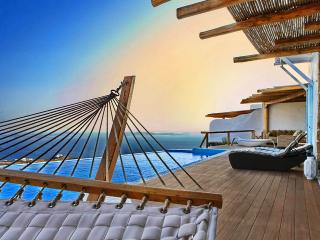 Kings and Queens villa-Luxurious living in Mykonos - Houlakia vacation rentals