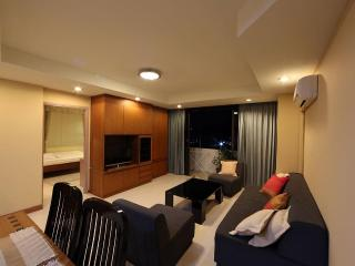 """Apartment """"Muffin"""" in Charming Aree Area - Bangkok vacation rentals"""