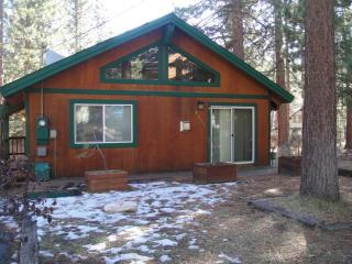 Quaint House on Cul-de-Sac Free WiFi - South Lake Tahoe vacation rentals