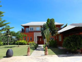 Beautiful house in Palm Hill golf course - Hua Hin vacation rentals