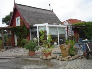 Vacation Home in Schwaan - 484 sqft, high-quality, bright, comfortable (# 4976) - Mecklenburg-West Pomerania vacation rentals