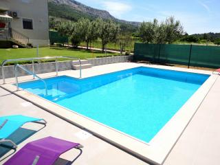 Book our New and Modern Apartment with a pool in Istria - Gamboci vacation rentals