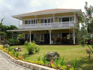 Golden Cove at Ocho Rios, Jamaica - Private Beach, Shared Pool, Perfect For Special Occasions - Mammee Bay vacation rentals