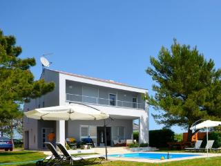 Intimate villa with pool just 180 sqm from the sea - Privlaka vacation rentals