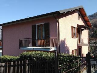 Casa Carolina 2-7 sleeps, perfect for family! - Bellagio vacation rentals