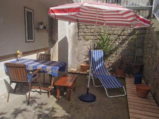Piran Garden apartment 2 - Piran vacation rentals