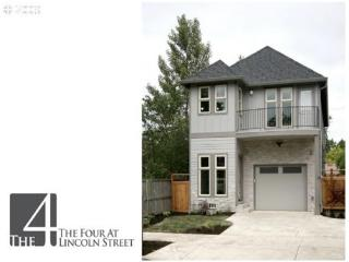 !!NEW, High-end, Upscale home .8 mi from campus - Eugene vacation rentals
