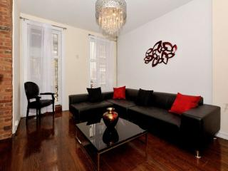 4BR/3BA Triplex + outdoor space in Gramercy for 12 - New York City vacation rentals