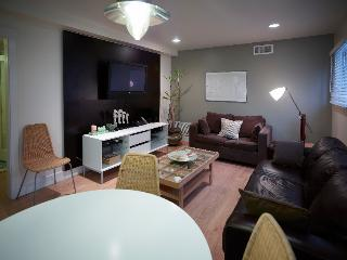 Steps to beach, 3 bedrooms.. - Venice Beach vacation rentals