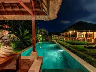 Spacious 4 BR Villa at Seminyak - Seminyak vacation rentals