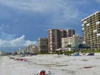 Easy walk to beach or Starbucks; Very Nice Studio, Clean and Quiet - Marco Island vacation rentals
