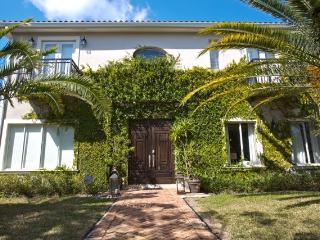 Villa ME - Perrine vacation rentals