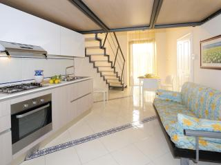 Amalfi APT casa Gardenia - Amalfi vacation rentals