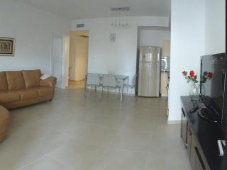 Central Location  2 BD with Free Parking!! - Jerusalem vacation rentals