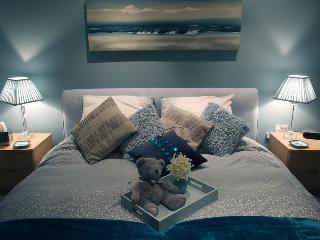 Beachlands View Duplex Penthouse Apartment - Carmarthenshire vacation rentals