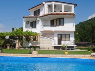 Vila Roza - Balchik vacation rentals