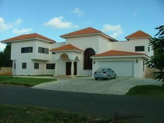 A luxury villa in casa de compo for rent in DR - La Romana vacation rentals