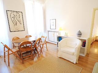 Gallery Apartment Colosseum - Rome vacation rentals