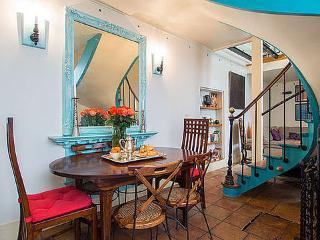 3 Bedroom Triplex in Paris - Paris vacation rentals