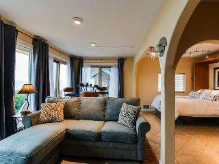 Oceanfront Coastal Cottage - Newport vacation rentals