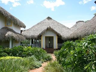 A Villa Bara to rent casa de compo INCL. CLEANING, AND PROFESSIONAL CHEF - La Romana vacation rentals