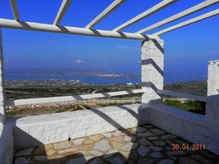 Villa Alyni  a traditional stone villa in Paros Gr - Aliki vacation rentals