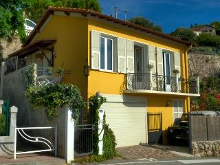4 bedroom house overlooking the sea and Montecarlo - Sospel vacation rentals