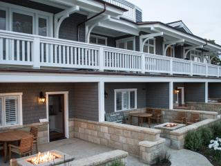 Steps Away from the Beach - Playa Lodging - Ventura vacation rentals