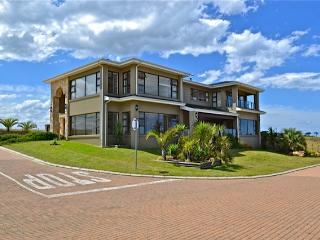 Room with 2 single beds and view of the Ocean! - Mossel Bay vacation rentals