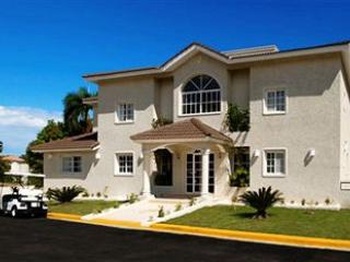 exterior of 5 bedroom villa - 5  bedroom Villa everything included in the price - Puerto Plata - rentals