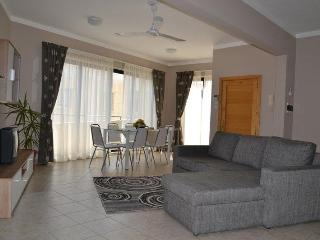 2 Bedroom penthouse with seaview, Bugibba  No 10 - Bugibba vacation rentals