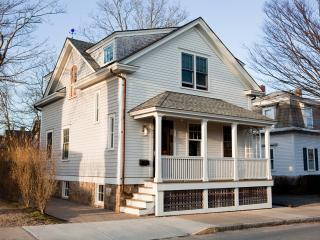 Beautifully Restored House in Newport - Newport vacation rentals