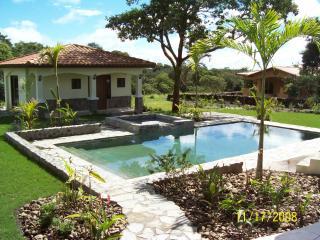 Casita Sur De Boquete...free Shuttle From (Dav) - David vacation rentals