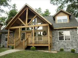 Luxury Lodge - 4 Master Stes - Branson vacation rentals