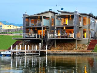 Luxury Waterfront Accommodation with Private Jetty - Bairnsdale vacation rentals