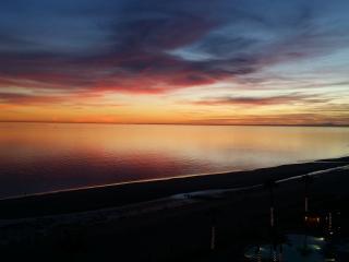Sonoran Sun Luxury 2bd 2ba Sleeps 8! - Puerto Penasco vacation rentals